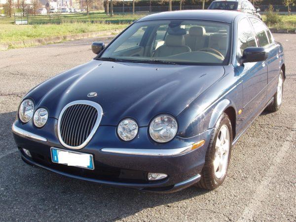 auto-noleggio-mantia-jaguar-1010109-min