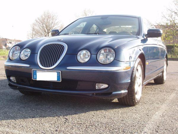 auto-noleggio-mantia-jaguar-1010111-min