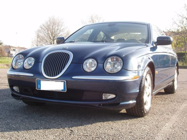 auto-noleggio-mantia-jaguar-1010112-min
