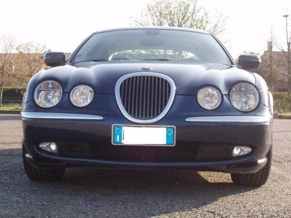 auto-noleggio-mantia-jaguar-1010113-min