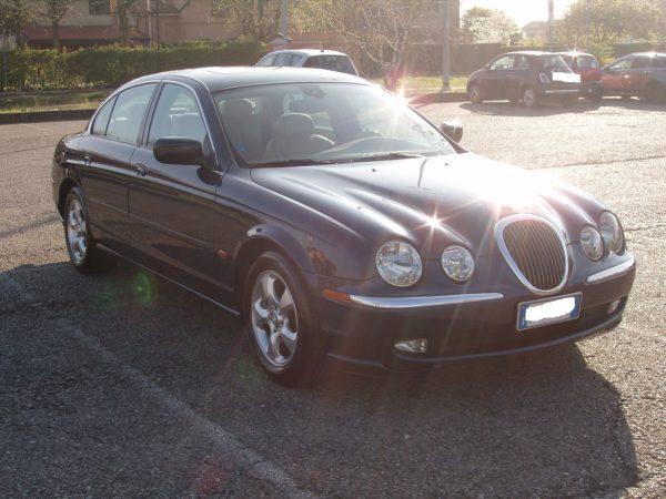 auto-noleggio-mantia-jaguar-1010115-min