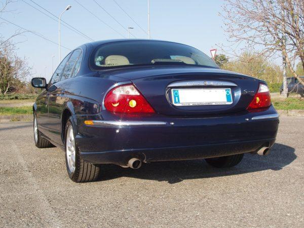 auto-noleggio-mantia-jaguar-1010120-min
